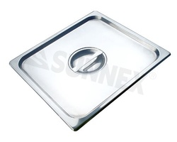 Sunnex Gastronorm food pan, flat lid 1/2 size.