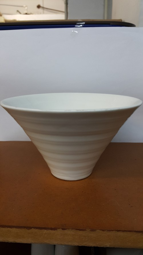 Longfine Round Conical Shape  Bowl, 180mm, 452C
