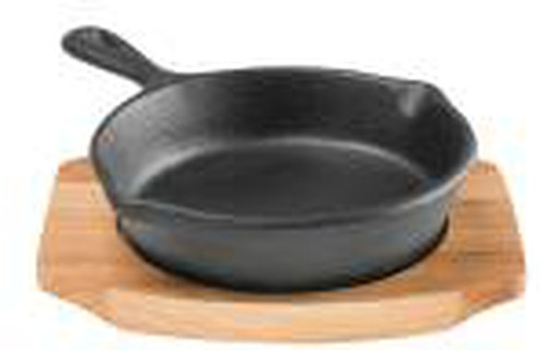Pyrocast Cast Iron Round Skillet 10cm with Maple Wood Tray.11850